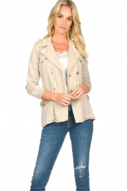 Fracomina |  Short trench coat Perla | natural  | Picture 4