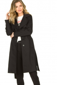 Set |  Trenchcoat with belt Phoebe | black  | Picture 2