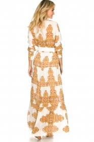 Silvian Heach |  Maxi dress with baroque print Campo | natural  | Picture 5