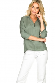 JC Sophie |  Blouse with v-neck | green   | Picture 4