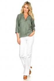 JC Sophie |  Blouse with v-neck | green   | Picture 3