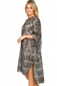 Rabens Saloner |  Cotton tie-dye dress Klara | grey  | Picture 4