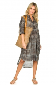 Rabens Saloner |  Cotton tie-dye dress Klara | grey  | Picture 6