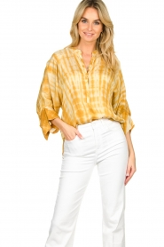 Rabens Saloner |  Tie-dye blouse Majbrit | yellow  | Picture 4