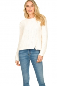 Knit-ted |  Chunky knitted sweater Rens | naturel  | Picture 3