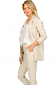 Knit-ted |  Cotton blazer with open pockets Adriana | beige  | Picture 4