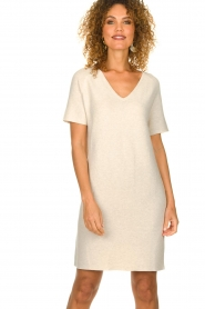 Knit-ted |  Lightweight knitted dress Robin | beige   | Picture 2