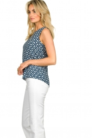 Knit-ted |  Sleeveless top with print Rose | blue  | Picture 5