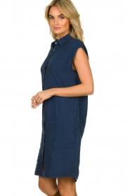 Knit-ted |  Linen dress Kristel | blue  | Picture 5