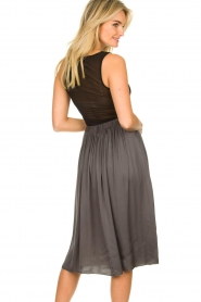 Knit-ted |  Folded skirt Kae | grey  | Picture 5