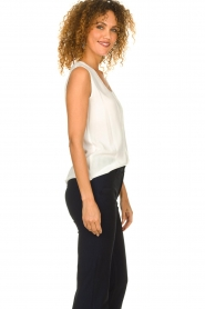 Knit-ted |  Fringed top | white  | Picture 5