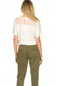 Knit-ted |  Laced top Kaat | white  | Picture 6
