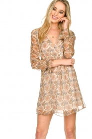 Patrizia Pepe | Dress with print Aeuthalia | brown  | Picture 2