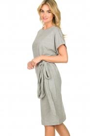 Les Favorites |   Solid wrap dress Jolie | grey  | Picture 5