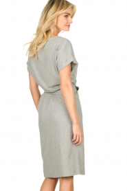 Les Favorites |   Solid wrap dress Jolie | grey  | Picture 6
