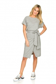 Les Favorites |   Solid wrap dress Jolie | grey  | Picture 3