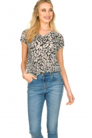 Les Favorites |  Leopard printed T-shirt Luca | black  | Picture 4