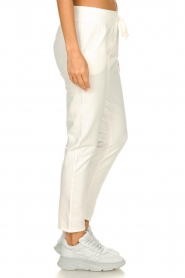 Blaumax |  Jogging pants Queens | white   | Picture 4