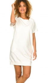 Blaumax |  Sweater dress Queens | white  | Picture 4