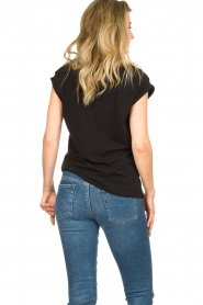 Dante 6 |  T-shirt with text Lovemetee | black  | Picture 6