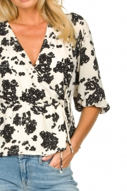Notes Du Nord |  Printed wrap top Orchid | white  | Picture 7