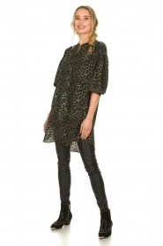 Sofie Schnoor |  Leopard printed tunic dress Kamille | green  | Picture 3