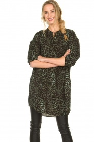 Sofie Schnoor |  Leopard printed tunic dress Kamille | green  | Picture 2