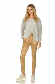 Sofie Schnoor |  Shiny leopard leggings Kaya | gold  | Picture 3