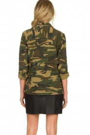 Sofie Schnoor |  Camo jacket Beate | green  | Picture 6
