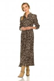 Sofie Schnoor | Maxi jurk met luipaardprint Lula | dierenprint  | Afbeelding 4
