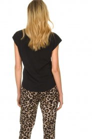 Sofie Schnoor |  T-shirt with print Nikoliene | black  | Picture 5