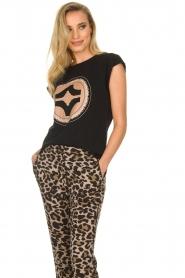 Sofie Schnoor |  T-shirt with print Nikoliene | black  | Picture 4