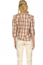 Sofie Schnoor |  Checkered blouse Franscisca | beige  | Picture 5