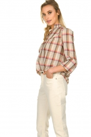 Sofie Schnoor |  Checkered blouse Franscisca | beige  | Picture 4