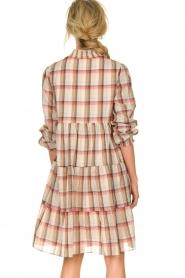 Sofie Schnoor |  Checkered dress Melena | beige  | Picture 5