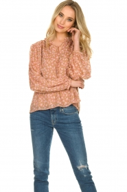 Sofie Schnoor |  Floral blouse Vilma | pink  | Picture 2