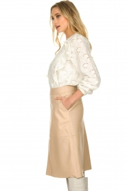 Sofie Schnoor |  Embroidered blouse Rose | white  | Picture 4