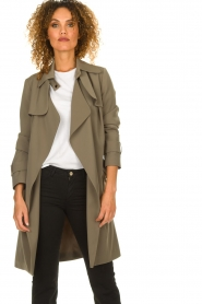 STUDIO AR BY ARMA |  Trenchcoat Cecilia | green  | Picture 4