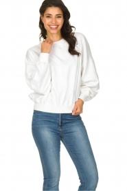 American Vintage |  Oversized sweatshirt Wititi | white  | Picture 2