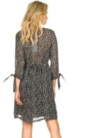 Freebird |  zwart | Print dress Winnie   | Picture 7