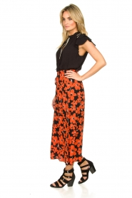 Freebird |  Floral midi skirt Willa | red  | Picture 4