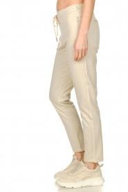 Aaiko | Pantalon met lurex strepen Poppi | off-white  | Afbeelding 4