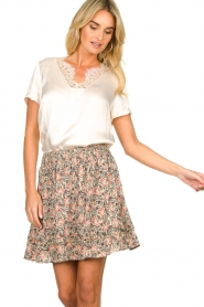 Aaiko |  Floral printed skirt Sheli | beige  | Picture 4