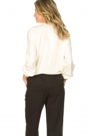 Aaiko |  Front knot blouse with croco pattern Roza | white  | Picture 5