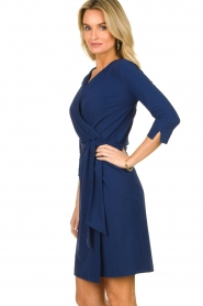 D-ETOILES CASIOPE |  Wrinkle-free stretch dress with wrap effect Teint | blue  | Picture 4