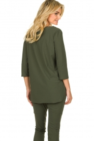 D-ETOILES CASIOPE |  Wrinkle-free stretch top Tigre | green  | Picture 7
