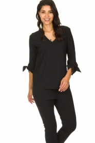 D-ETOILES CASIOPE |  Wrinkle-free stretch top with detailed sleeves Terre | black  | Picture 2