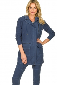 D-ETOILES CASIOPE |  Wrinkle-free stretch jacket Thyme | blue  | Picture 2