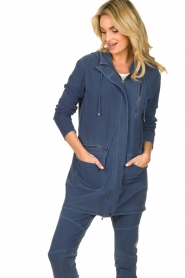 D-ETOILES CASIOPE |  Wrinkle-free stretch jacket Thyme | blue  | Picture 4