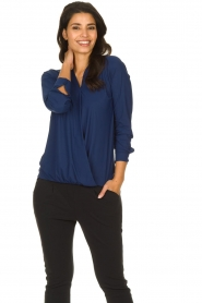 D-ETOILES CASIOPE |  Wrinkle-free stretch top with wrap effect Tonic | blue  | Picture 2